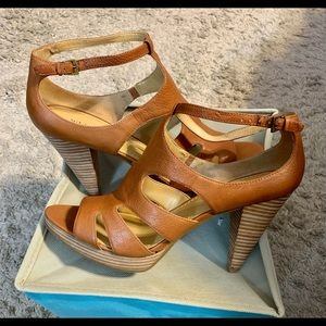 Nine West Women's Light Brown Leather shoes